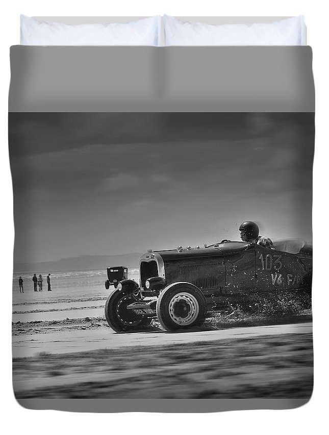Pendine Duvet Cover featuring the photograph Hot Rods At Pendine 14 by Phil Fitzsimmons