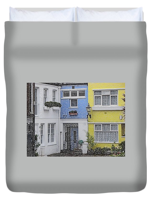 House Duvet Cover featuring the photograph Houses by Amanda Barcon
