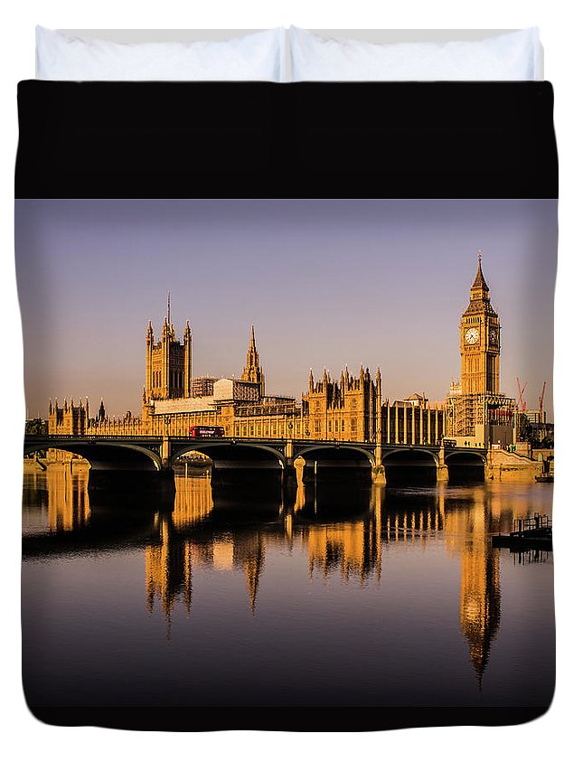 Houses Of Parliament Duvet Cover featuring the photograph Houses Of Parliament With Westminster Bridge. by Nigel Dudson