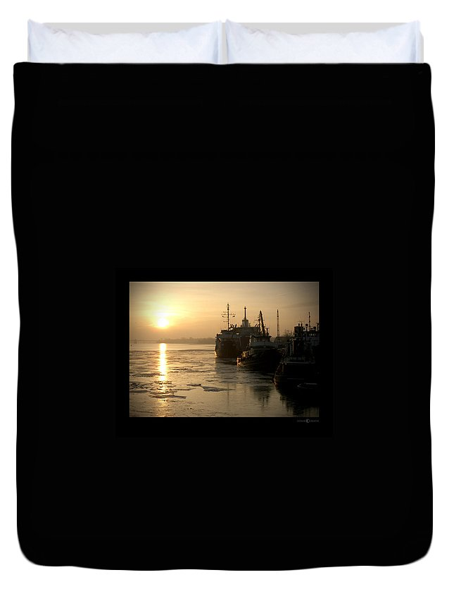 Boat Duvet Cover featuring the photograph Huddled Boats by Tim Nyberg