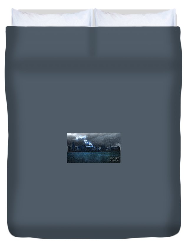 Art Paintings Duvet Cover featuring the photograph Hurricane Irma Florida by Sajid Ch