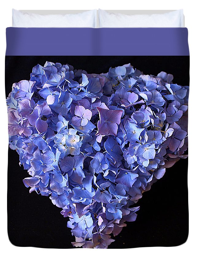 Hydrangea Duvet Cover featuring the photograph Hydrangea Heart by Vicky Adams