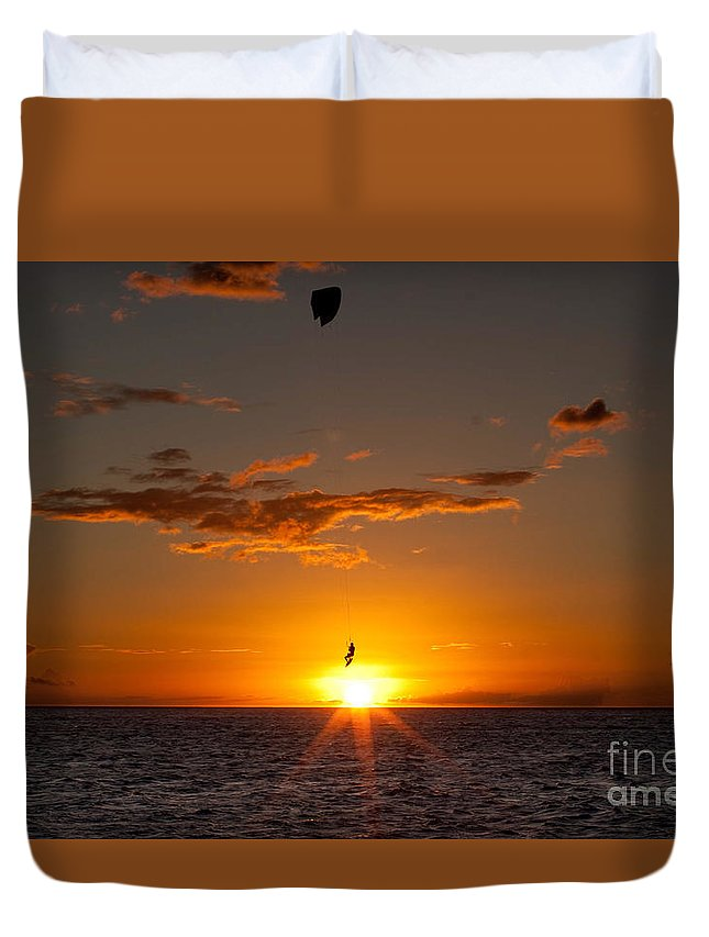 Maui Duvet Cover featuring the photograph Icarus by Aquadro Photography