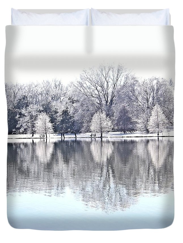 Ice Duvet Cover featuring the photograph Ice Park by Charleen Treasures