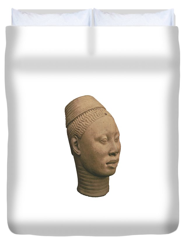 Terracota Head Of A Man From Ife Duvet Cover featuring the photograph Ife 1 by Chinazor Onianwah