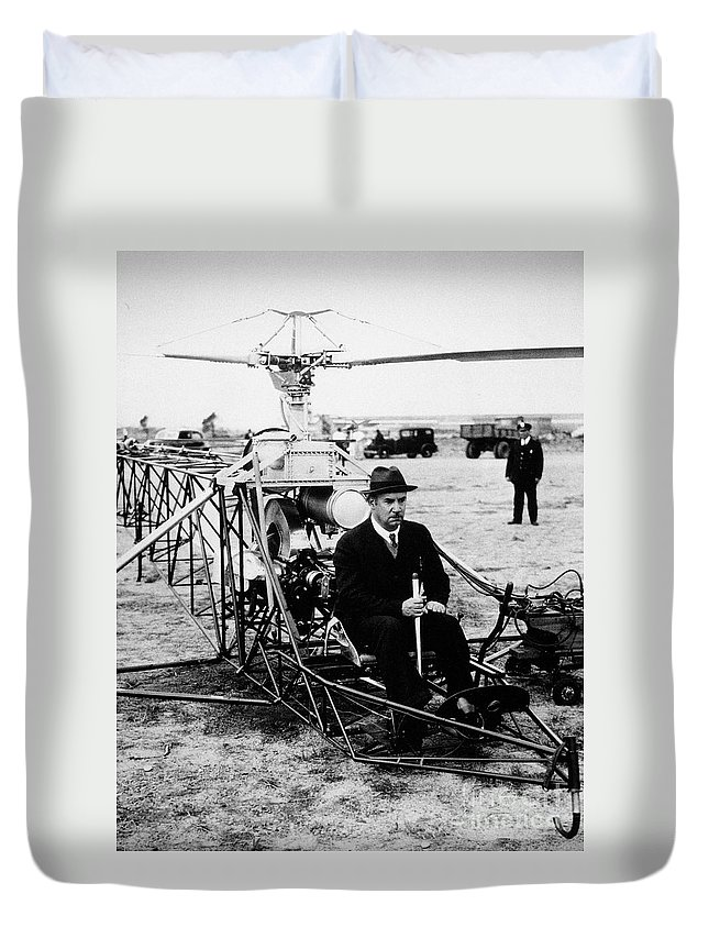 1940 Duvet Cover featuring the photograph Igor Ivan Sikorsky by Granger