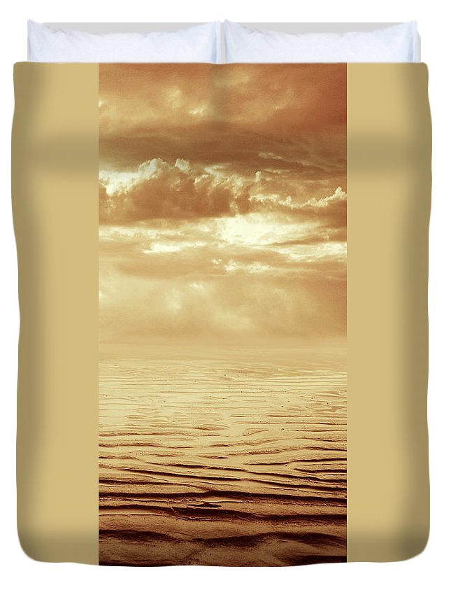 Dipasquale Duvet Cover featuring the photograph Illusion Never Changed Into Something Real by Dana DiPasquale