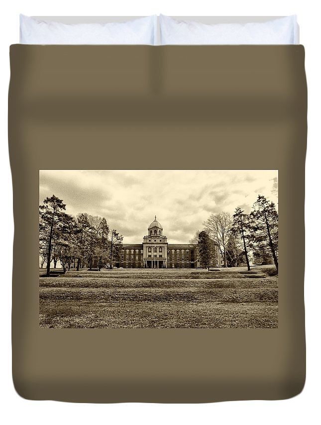 Immaculata Duvet Cover featuring the photograph Immaculata University In Black And White by Bill Cannon