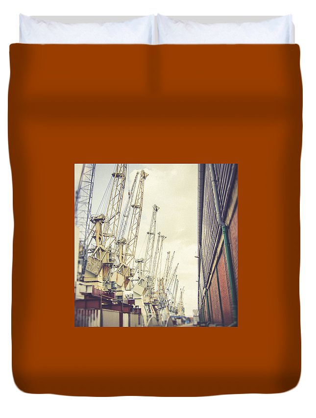 Hamburg Duvet Cover featuring the photograph In A Row by Berit Schurse