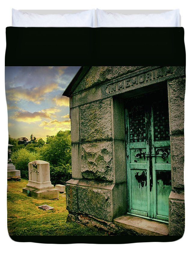 Woodlawn Cemetery Duvet Cover featuring the photograph In Memorium by Jessica Jenney