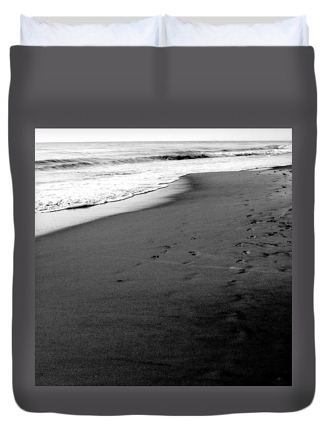 Photograph Duvet Cover featuring the photograph In My Thoughts by Jean Macaluso