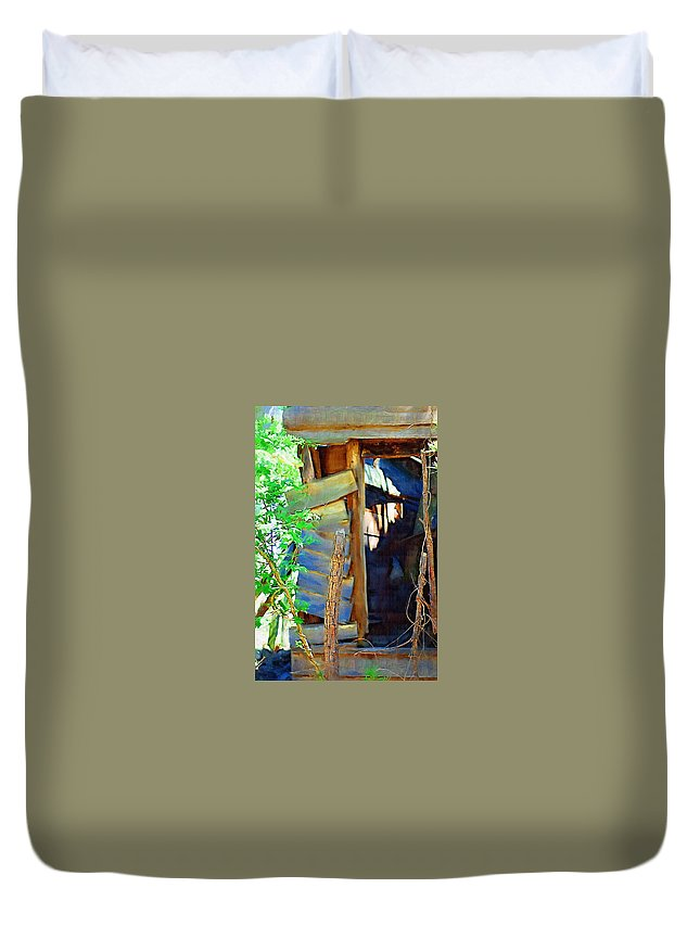 House Duvet Cover featuring the photograph In Shambles by Donna Bentley