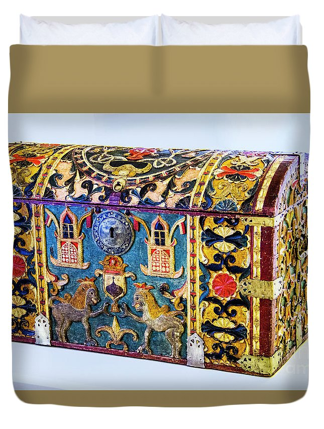 Chest Duvet Cover featuring the photograph Indian Portuguese Chest by Roberta Bragan