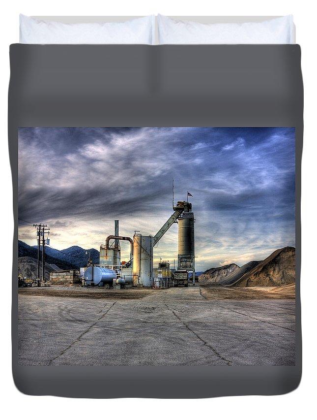 Industrial Landscape Duvet Cover featuring the photograph Industrial Landscape Study Number 1 by Lee Santa