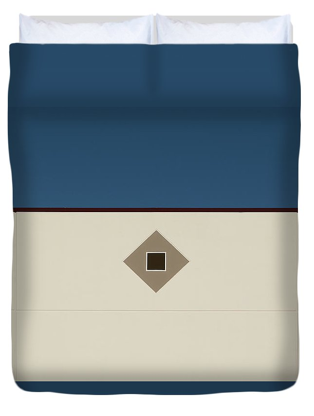 Urban Duvet Cover featuring the photograph Industrial Minimalism 32 by Stuart Allen