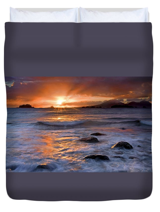Alaska Duvet Cover featuring the photograph Inspired Light by Mike Dawson