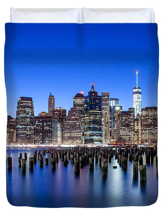New York City Duvet Cover featuring the photograph Inspiring Stories by Az Jackson