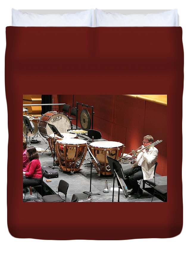 Kettle Drums Duvet Cover featuring the photograph Interval by Maria Joy