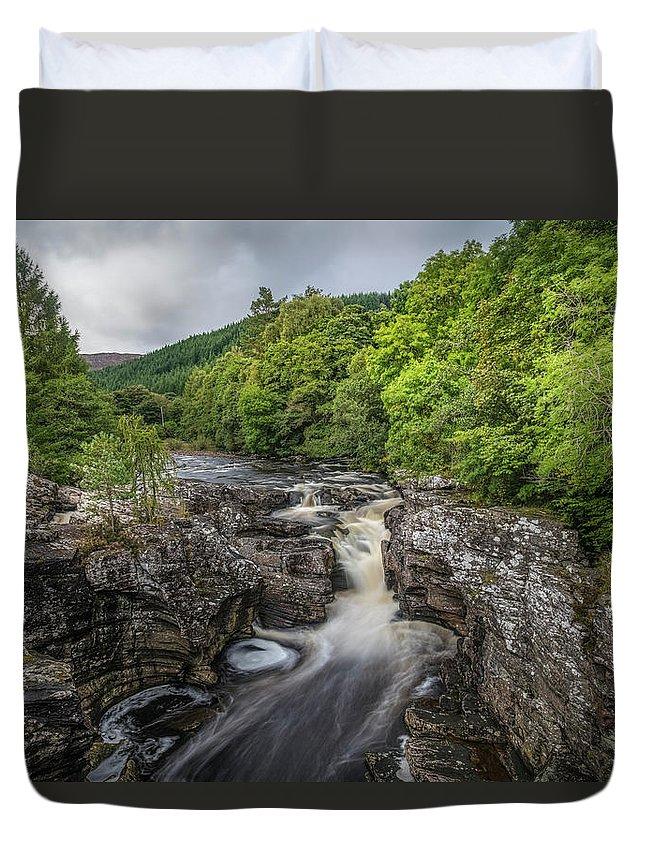 Invermoriston Duvet Cover featuring the photograph Invermoriston - Scotland by Joana Kruse