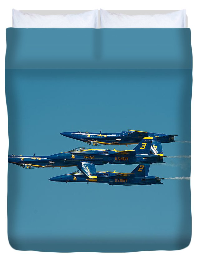 Us Navy Duvet Cover featuring the photograph Inverted by Sebastian Musial