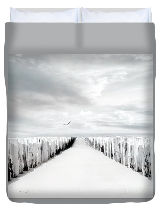 Beach Duvet Cover featuring the photograph Inviting by Jacky Gerritsen