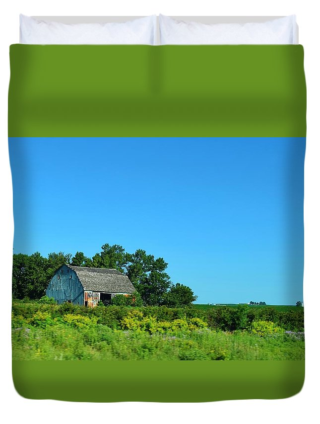 Barn Duvet Cover featuring the photograph Iowa Barn by Charles F Miller