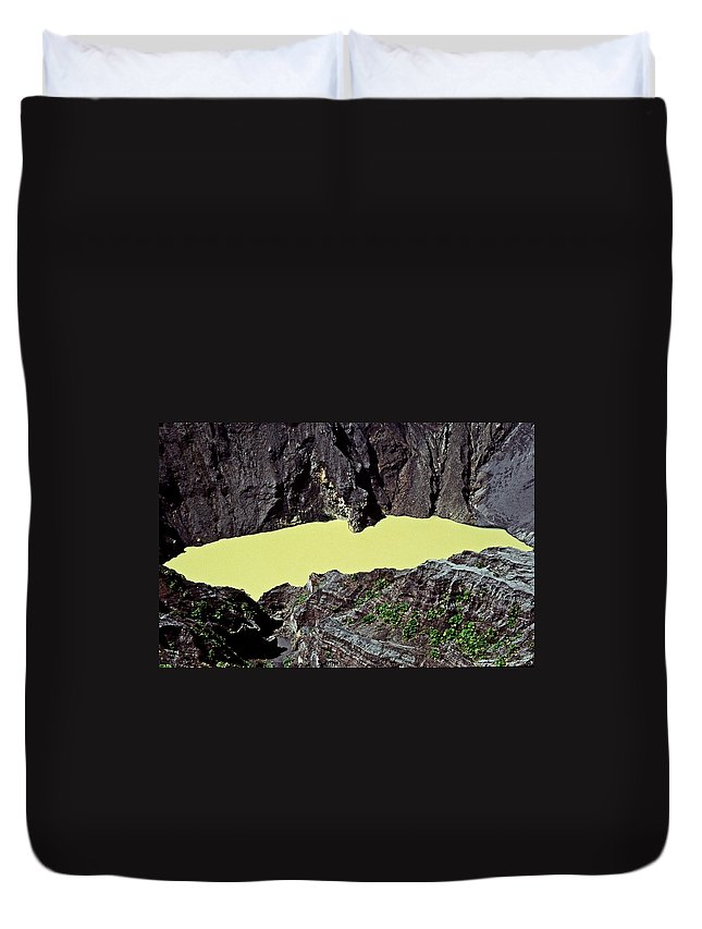Central America Duvet Cover featuring the photograph Irazu Volcano - Costa Rica by Juergen Weiss