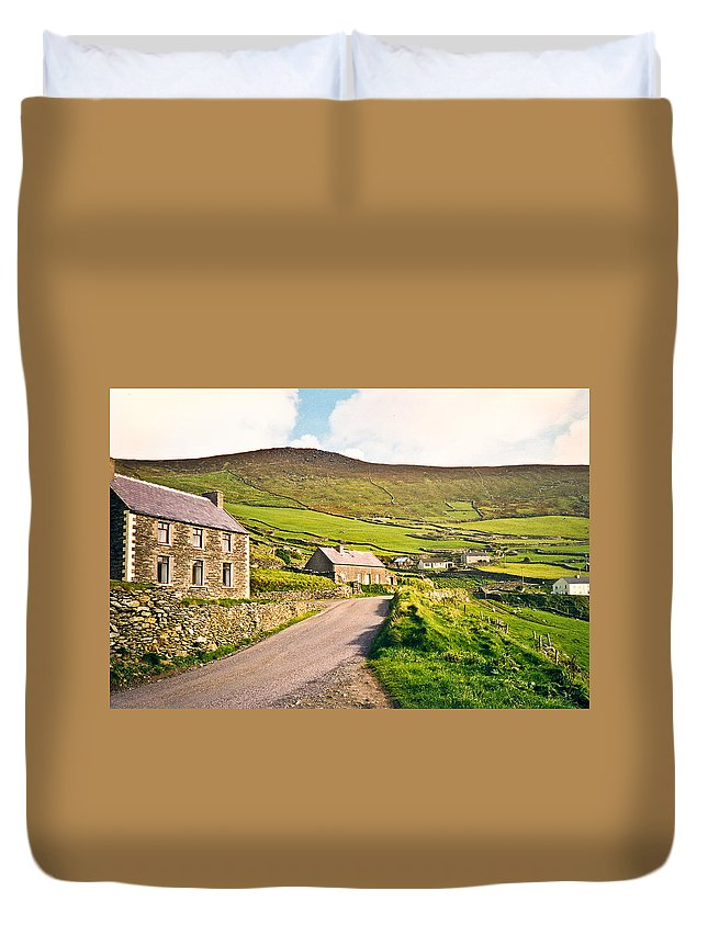 Ireland Duvet Cover featuring the photograph Ireland Farmland by Douglas Barnett