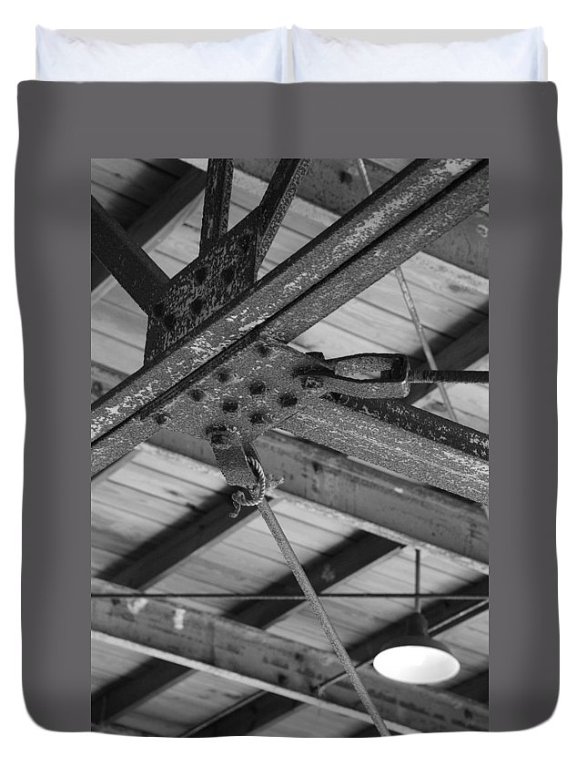 Black And White Duvet Cover featuring the photograph Iron Roof by Rob Hans