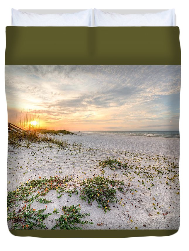 Clouds Duvet Cover featuring the photograph Island Time by Gary Oliver