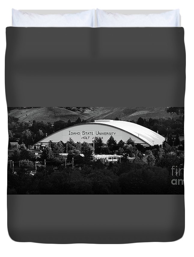 Idaho Duvet Cover featuring the photograph Isu Campus by Lane Erickson