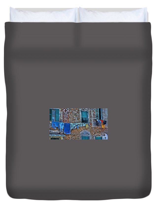 Italian Clothes Dryer Duvet Cover featuring the photograph Italian Clothes Dryer by Allen Beatty