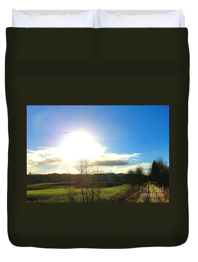 Landscape Duvet Cover featuring the photograph It's A New Day by Jane Powell