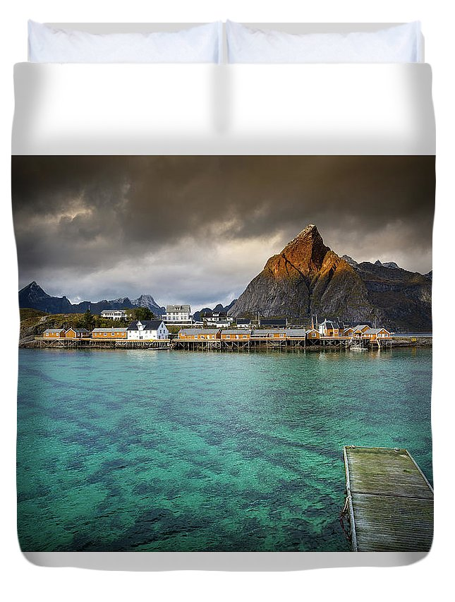 Seascape Duvet Cover featuring the photograph It's Not The Caribbean by Alex Conu