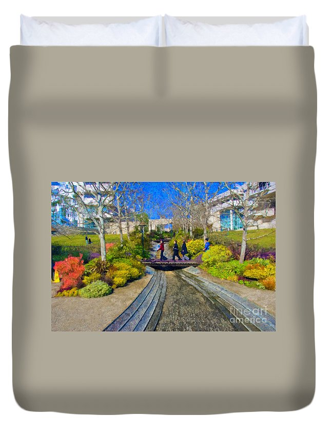 J Paul Getty Duvet Cover featuring the photograph J Paul Getty Museum Garden Terrace by David Zanzinger