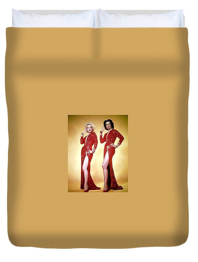 Hollywood Stars Celebrity Duvet Cover featuring the photograph Jane Russel And Marilyn Monroe by Peter Nowell