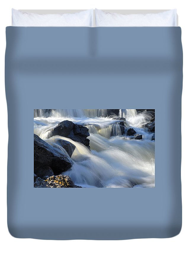 Boundary Waters Canoe Area Wilderness Duvet Cover featuring the photograph Jasper Falls Closeup by Larry Ricker