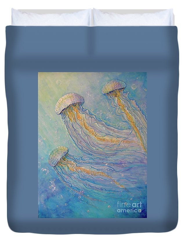 Sparkles Duvet Cover featuring the painting Jellyfish Dance by Midge Pippel