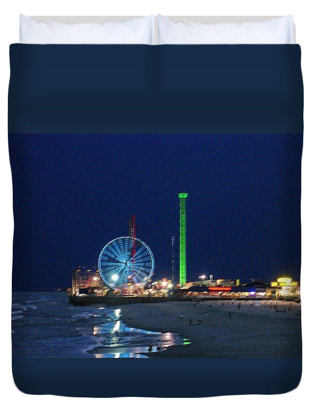 Landscape Duvet Cover featuring the digital art Jersey Shore by Steve Karol