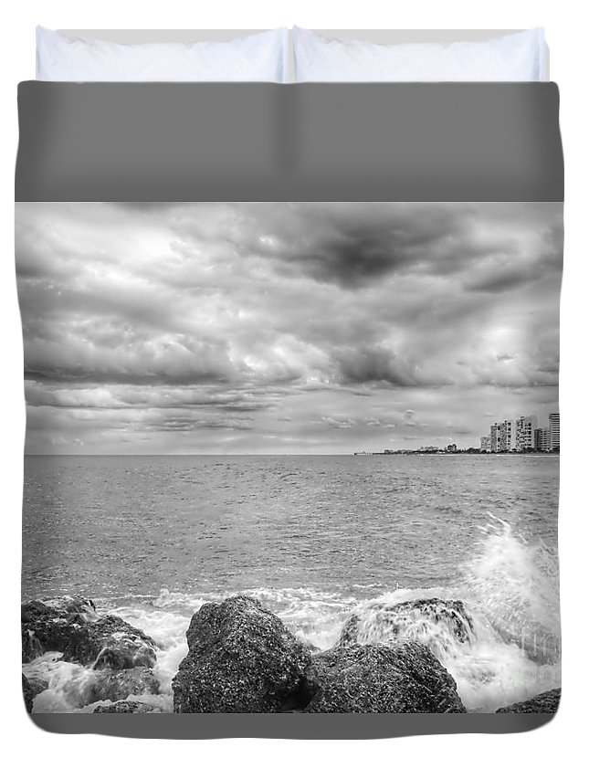 Landscape Duvet Cover featuring the photograph Jetty Rocks 7 by Glenn Forman