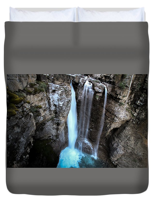 Waterfall Duvet Cover featuring the photograph Johnston Creek Falls by Brandon Swanson