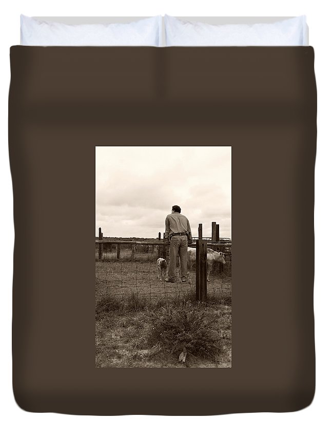 Americana Duvet Cover featuring the photograph Just Checking On Things by Marilyn Hunt