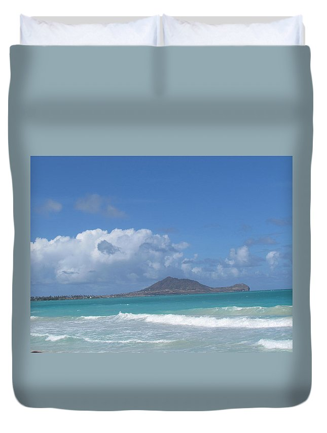 Hawaii Duvet Cover featuring the photograph Kailua by Christina McNee-Geiger