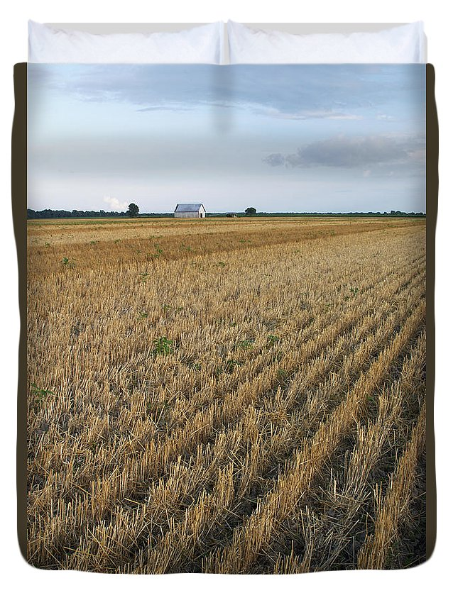 Kansas Duvet Cover featuring the photograph Kansas Barn And Field by Harold Stinnette