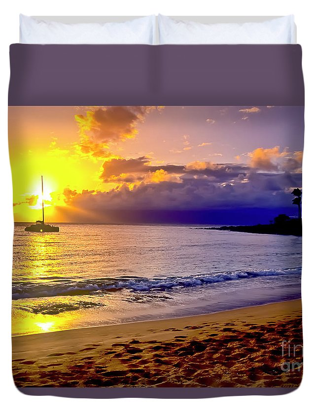 Scenics Duvet Cover featuring the photograph Kapalua Bay Sunset by Jim Cazel
