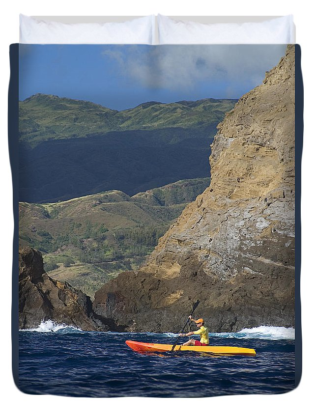 Boat Duvet Cover featuring the photograph Kayaking In Molokai by Dave Fleetham - Printscapes