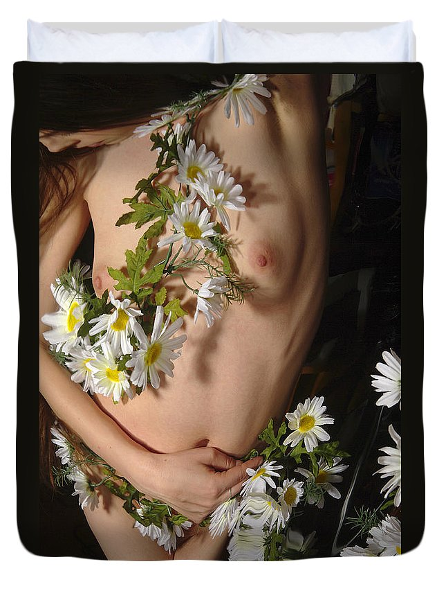 Female Nude Abstract Mirrors Flowers Duvet Cover featuring the photograph Kazi0841 by Henry Butz