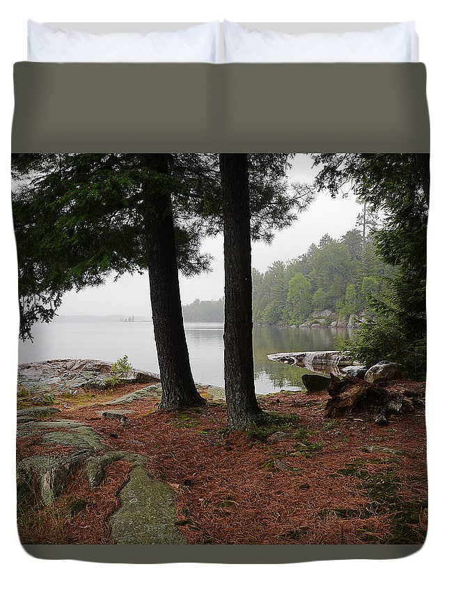 Killarney Provincial Park Duvet Cover featuring the photograph Killarney Scenic-1 by Steve Somerville