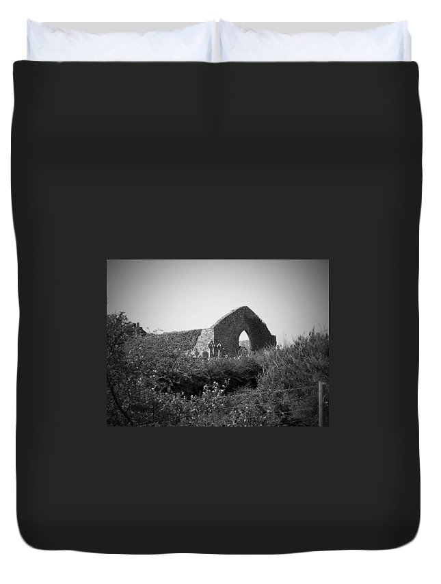 Irish Duvet Cover featuring the photograph Kilmanaheen Church Ruins Ennistymon Ireland by Teresa Mucha