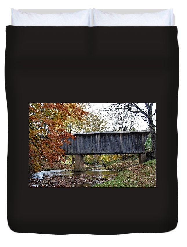 Landscape Duvet Cover featuring the photograph Kissing Bridge At Fall by Eric Liller